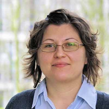 Silvia Avram